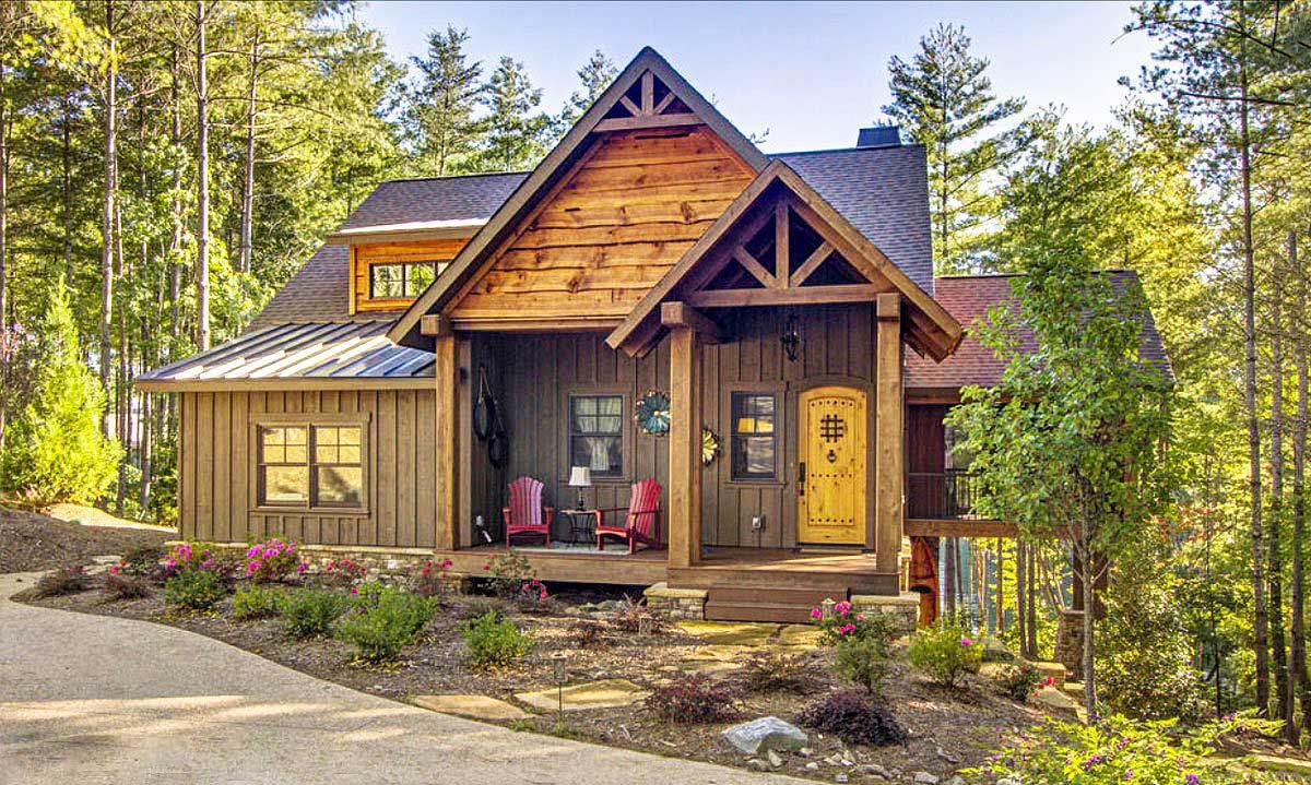 Plan 92379mx 3 Bed Cottage Escape With Vaulted Ceilings In 2021 Stone House Plans Rustic House Plans Rustic Cabin Design