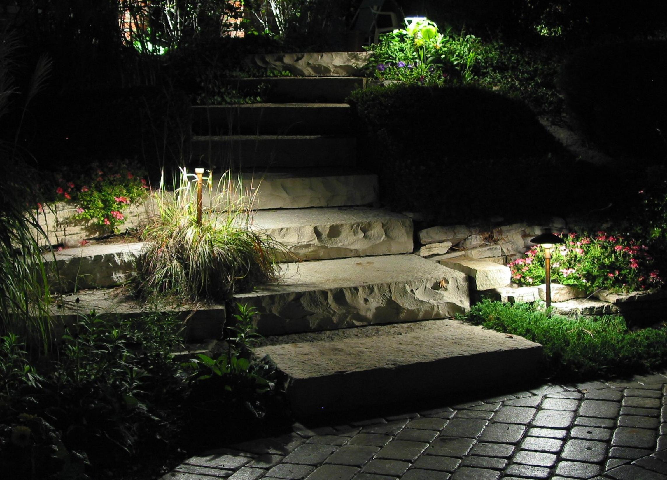 33 Perfect Walkway Landscape Lighting Ideas Walkway Landscaping