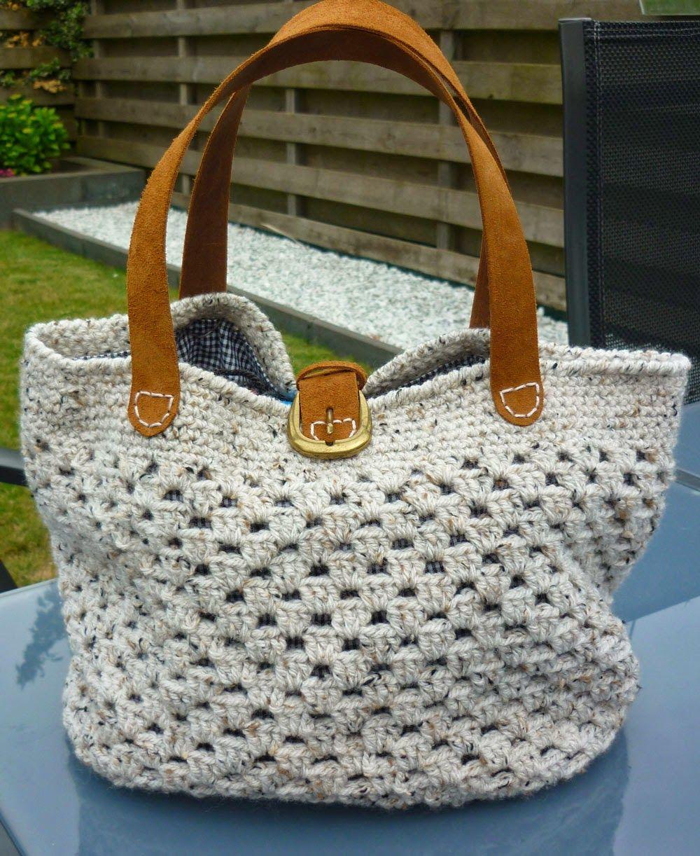 Granny stitch purse with leather handles. | tassen | Pinterest ...