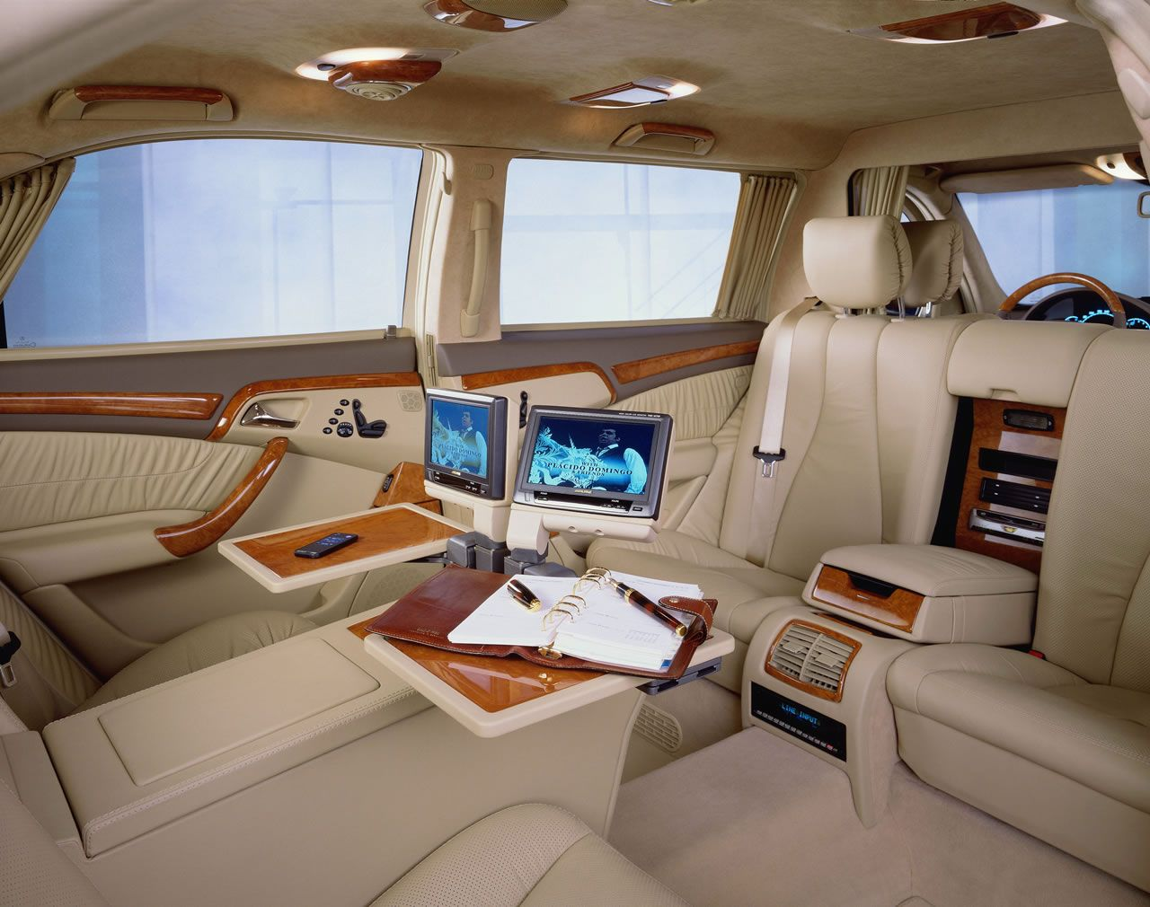 Luxury Limo Interior The 220 Model Series S Class Vv220