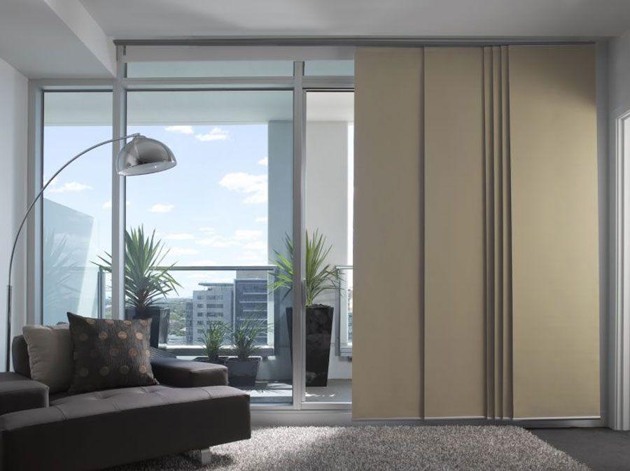 111 esempi di tende a pannello moderne per interni tende for Tende per interni arredamento moderno