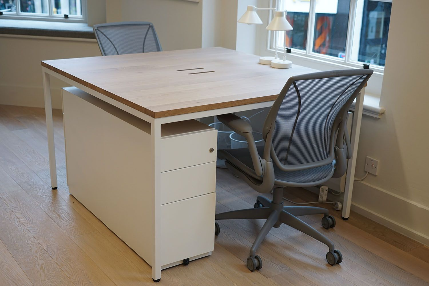Bespoke office desks Reclaimed Wood Noble Russell Produces Bespoke Office Furniture For London Based Production Company blink Noble Blueline Office Furniture Ukcom Noble Russell Produces Bespoke Office Furniture For London Based