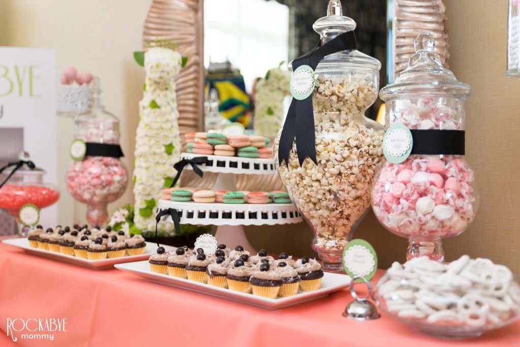 jungle jubilee baby shower dessert bar baby shower candy. Black Bedroom Furniture Sets. Home Design Ideas