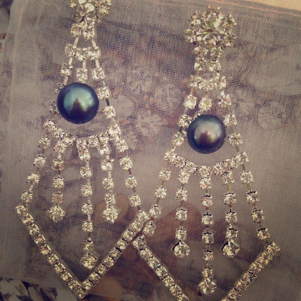 Instant Glam Genuine Pearl Dangle Earrings