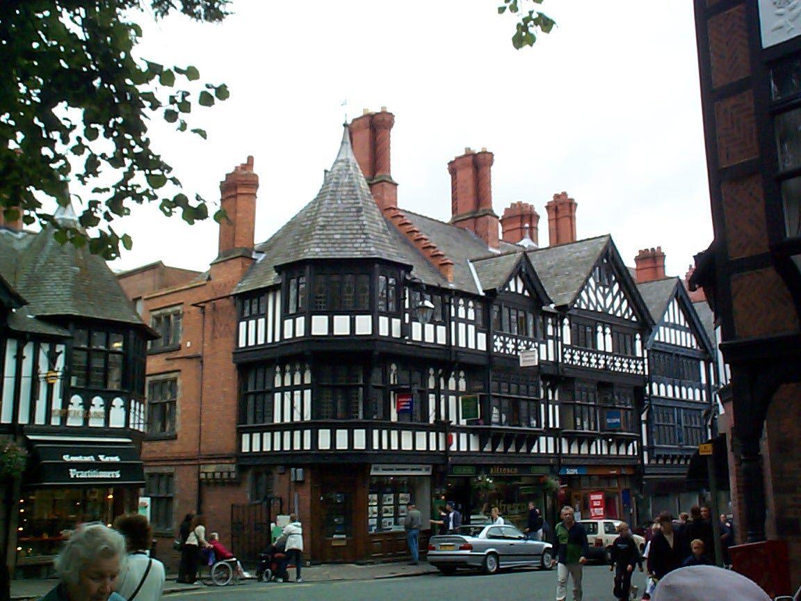 37 Tudor-styled houses in Chester, UK.jpg (1152×864)