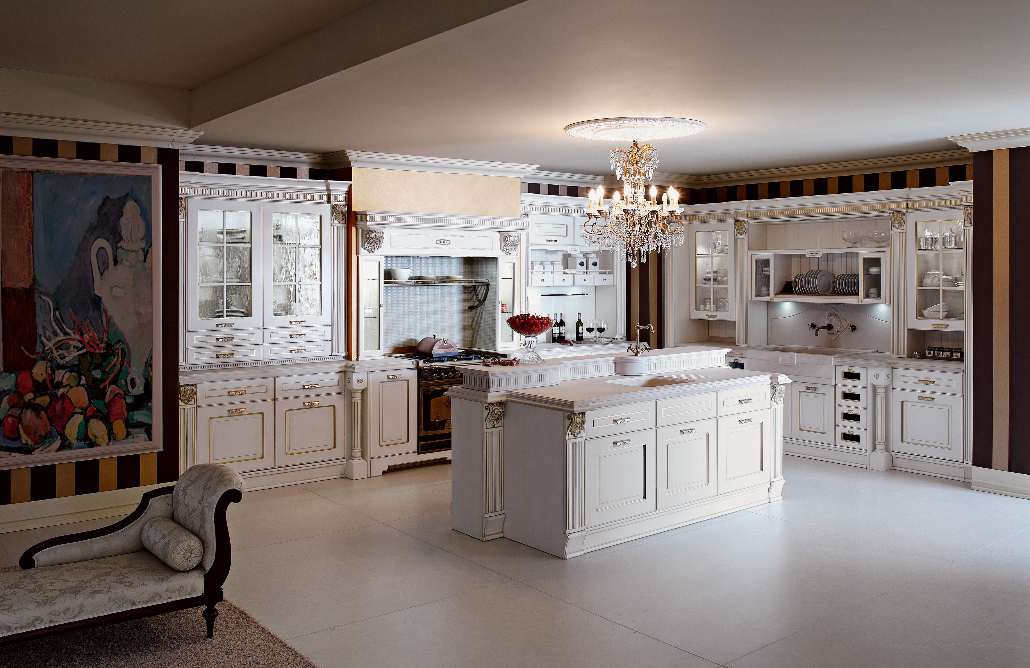 The Programme Is Plenty Of Models From The Lacquer Version With Golden Finishes To The Ash Classic Kitchen Cabinets Italian Kitchen Cabinets Italian Kitchen