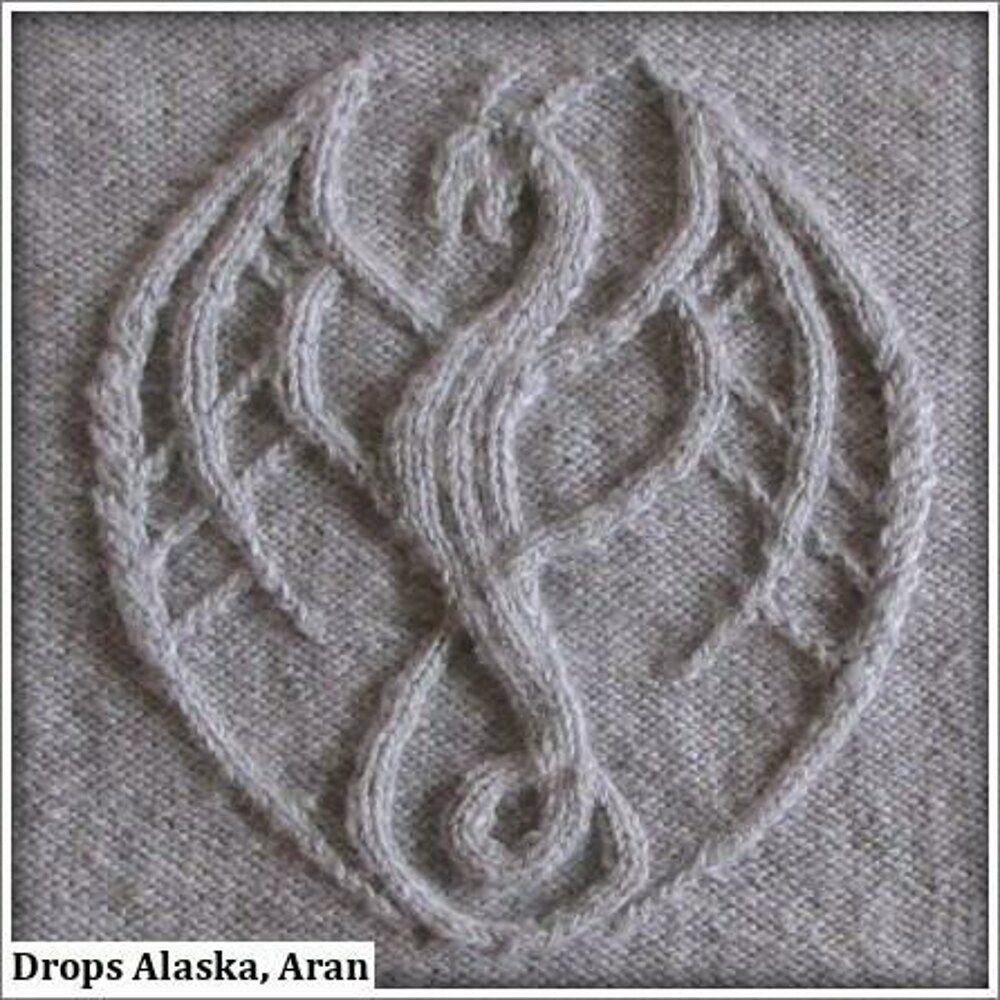 Photo of Tahesha die Drachenlady, Zopfmuster für einen Drachen Knitting pattern by Ina Wendrock