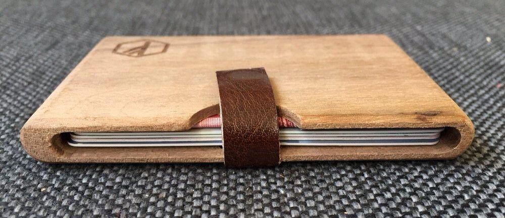 Deze dichte portemonnees zijn chic en handig, en weer van hout.