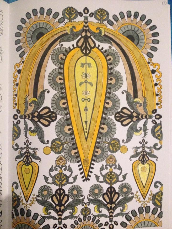 Desenho colorido pela leitora Pris Almeida | Livros de #Colorir #Arte-terapia