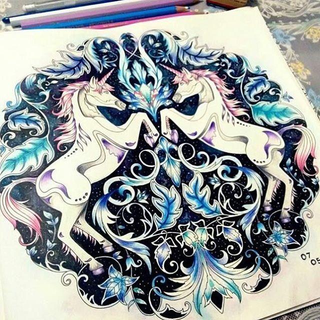 Para o fds .. inspiração linda de unicórnios.!!! . Fonte: Pinterest  #drawing #secretgarden #jardimsecreto #johannabasford #jardimsecretolove #staedtler #mycreativeescape #coloringbook #polychromos #enchantedforest #lostocean #draw #coloring #pencil #florestaencantada #crayola #stabilo #colors#love#adultcoloring #creative #colouring#colour#artist #oceanoperdido #goodafternon#boatarde