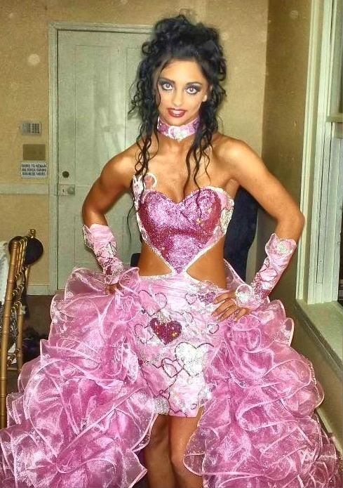 Priscilla Matrimonio Gipsy : Gotta love the gypsy boldness and fierce use of lace