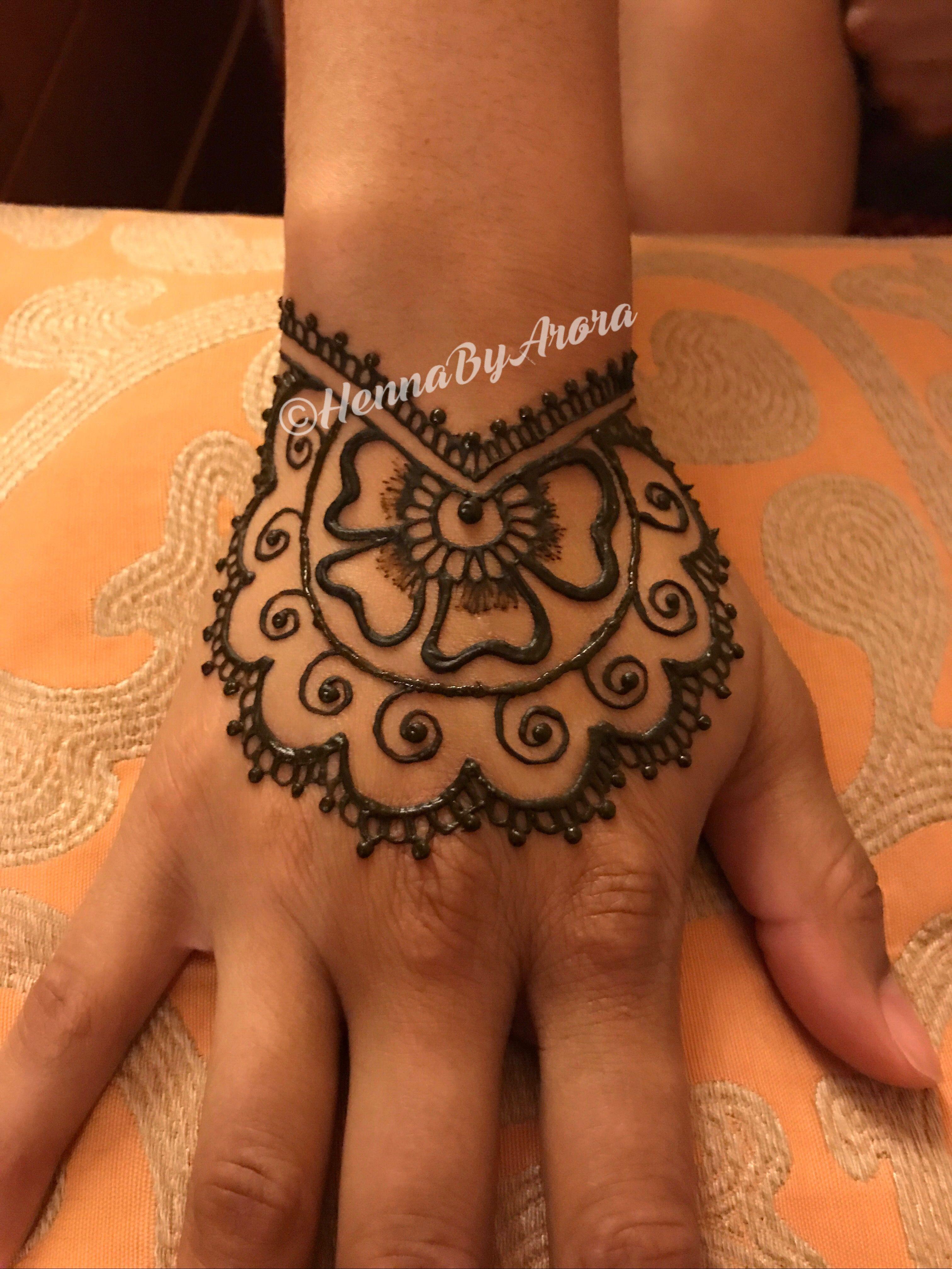 Wrist Cuff Lace Mandala Mehndi: Wrist Mandala Henna Cuff