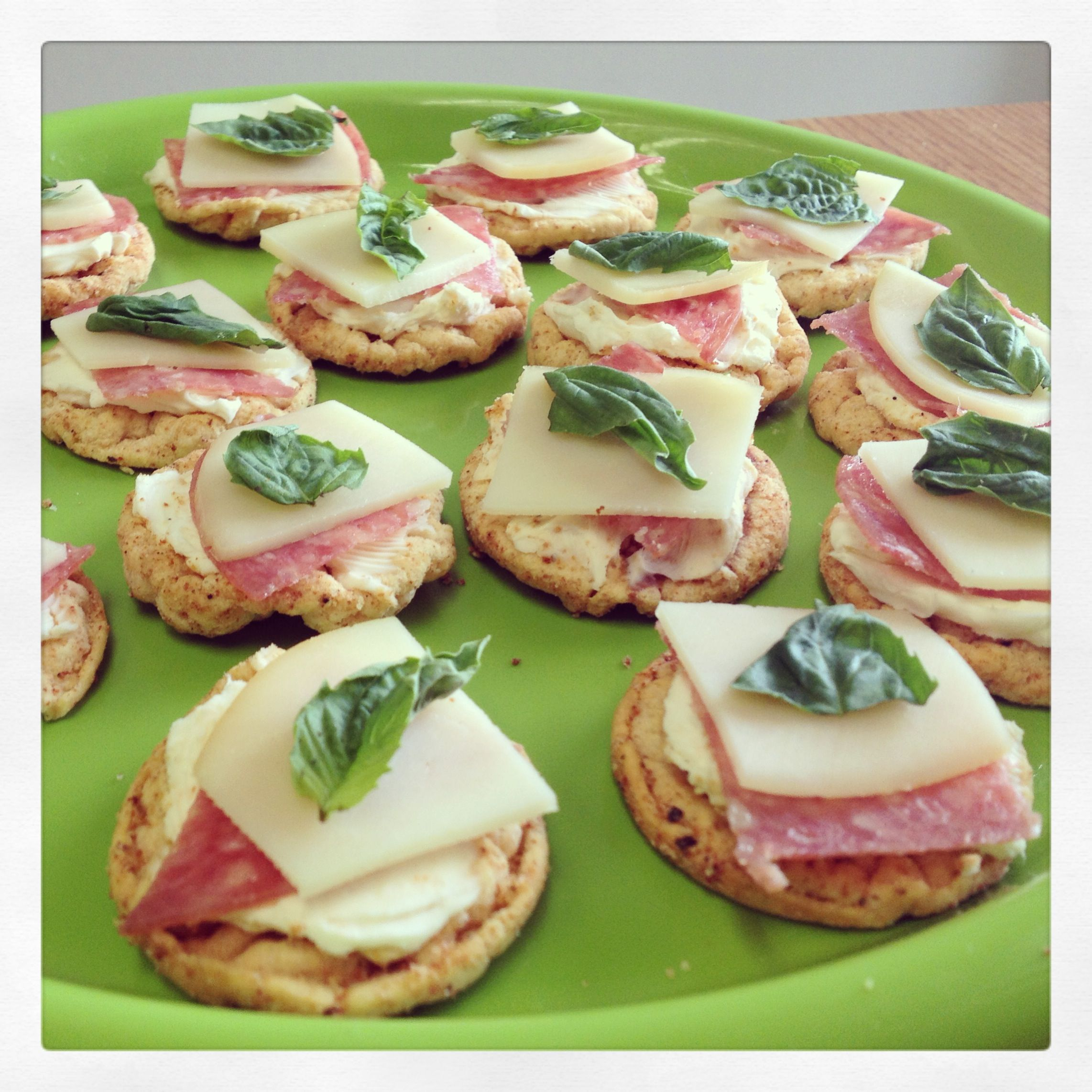 No Spike Italian Bites, these antipasto-style snack bites are rich and savory...and as the name suggests, they won't spike blood sugar levels. A great diabetic snack! http://www.extendbar.com/blog/no-spike-italian-bites-recipe/