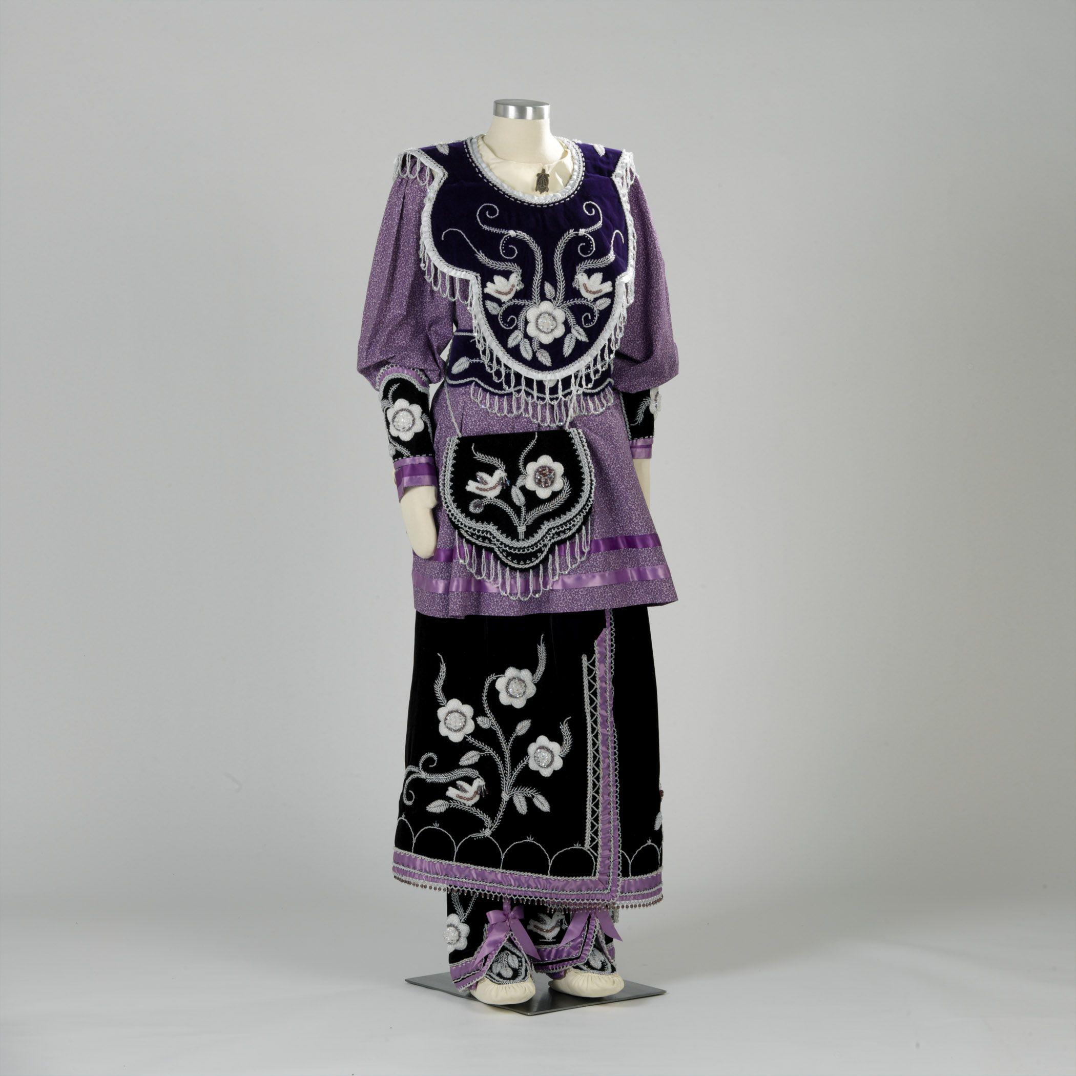 The Iroquois--Iroquois clothing was based seasonally, while ...