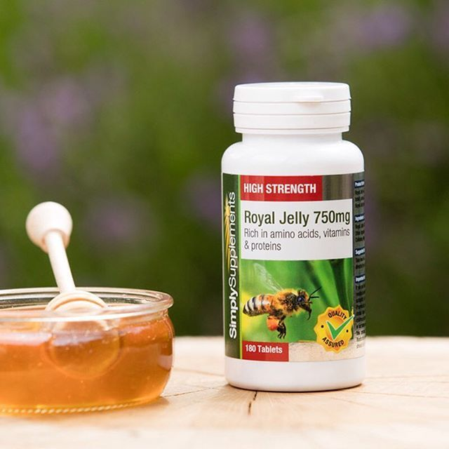 Our Royal Jelly tablets are a great way to help support and promote not only the appearance of your skin, but also your overall health and wellbeing. Give them a try!  .  .  .  #royaljelly #nutrition #diet #health #healthy #healthyliving #cleaneating #healthylife #supplements #vitamins #minerals #product #spotlight #highlight #autumn #mondaymotivation #Monday #october #picoftheday #instapic #instagood skincare #healthyskin
