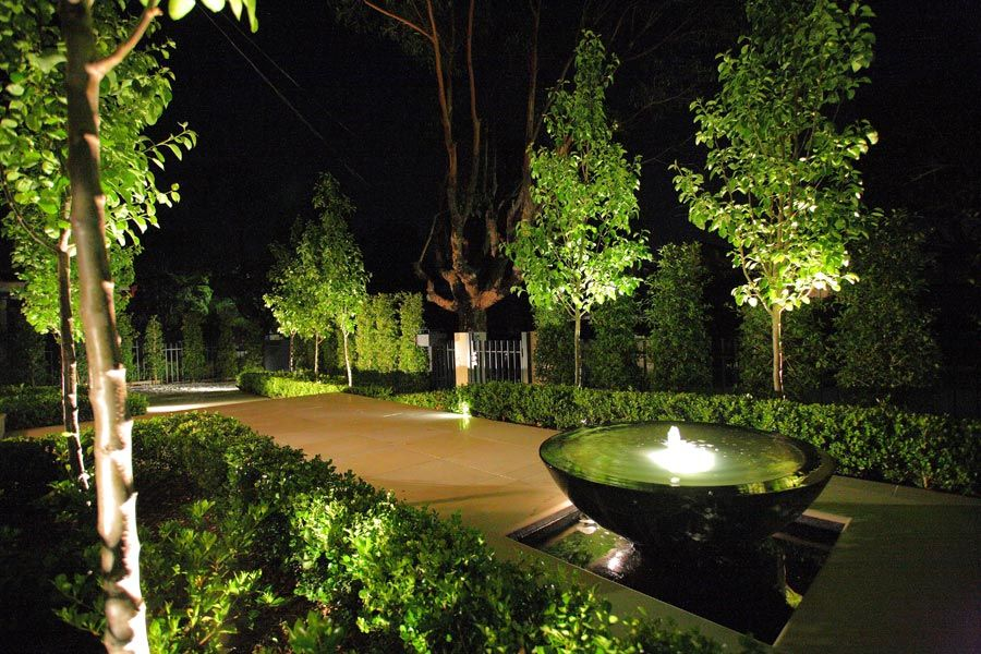 Contemporary home front garden design ideas pictures remodel and decor find this pin and more on outdoor lighting
