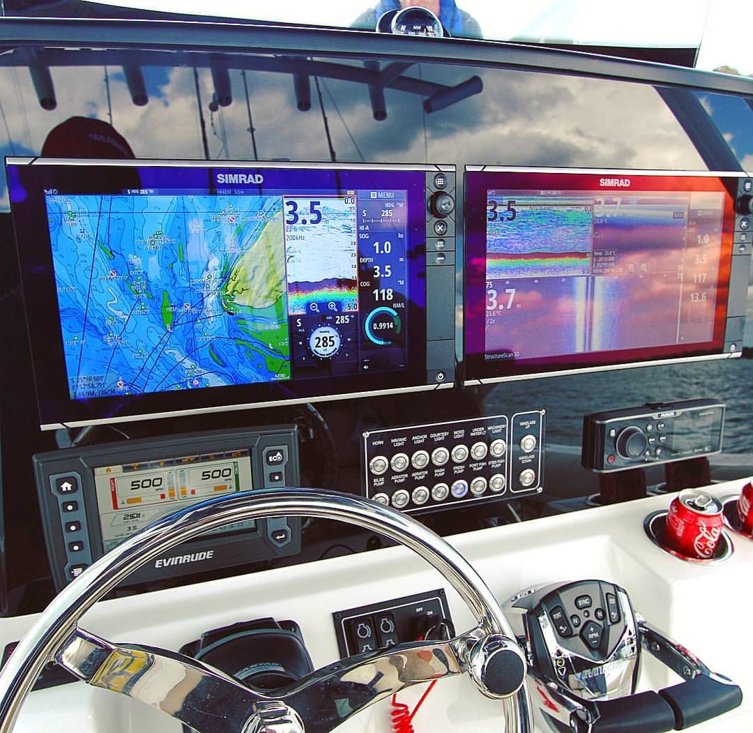 dash of the sea fox 288 commander featuring twin simrad nss16 dash of the sea fox 288 commander featuring twin simrad nss16 screens