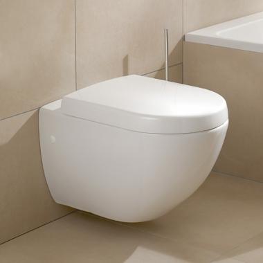 Villeroy Boch Subway Kompakt Fali Wc Csesze 66041001 Szaniteronline Saniterline Kft In 2020 Wall Hung Toilet Toilet Villeroy Boch
