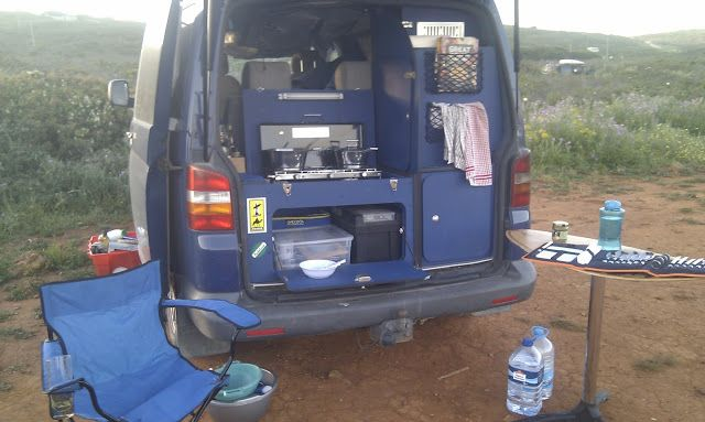 Cooking outside using kitchen in rear of VW T5