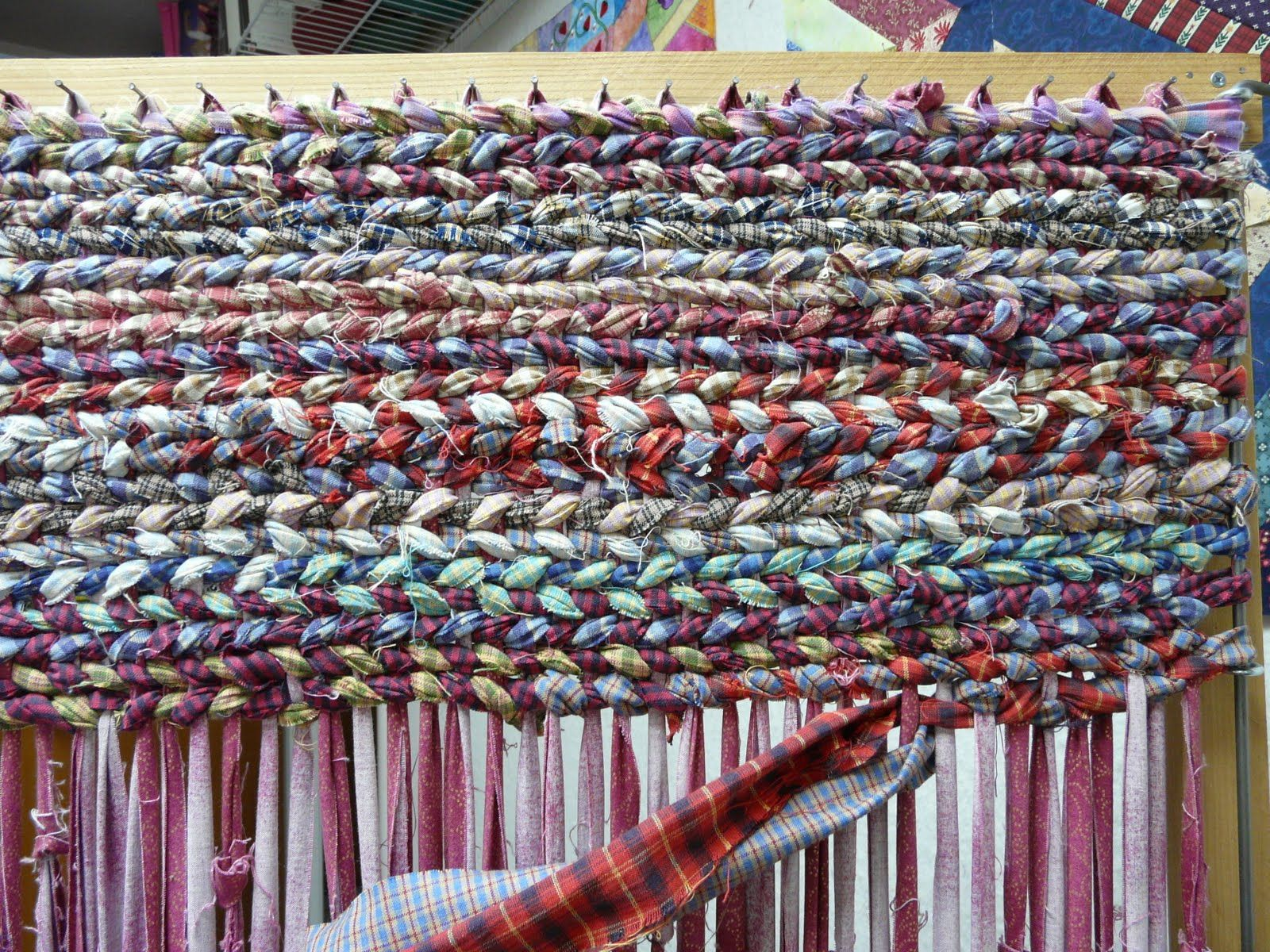 Make It Easier To Create Rag Rugs With These Plans For A Rug Loom
