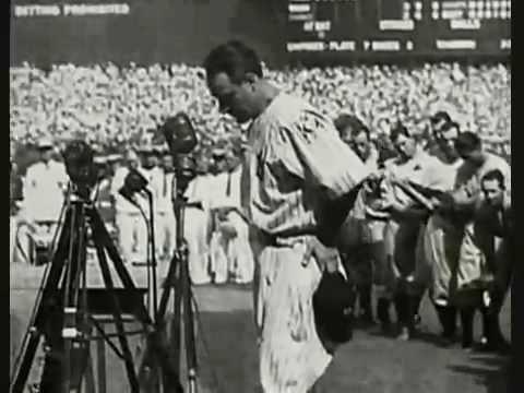 """62.000 personas presencian en el Yankee Stadium de Nueva York cómo Lou Gehrig se despide, de resultas de su enfermedad, asegurando ser """"el hombre más afortunado que existe sobre la faz de la tierra"""". Si no acabas con una humedad sospechosa en los ojos tendrías que someterte a un análisis de sangre."""