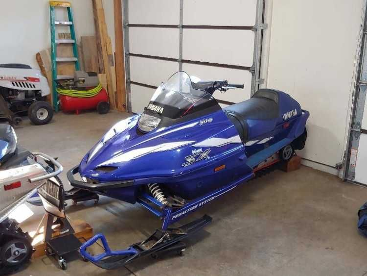 Very Good Running Sled 44xx Mi 2c Just Put 300 Miles On It Two Week Ends Ago Starts On 1st Or 2nd Pull Every Time No Tears Or Rip In 2020 Yamaha Vmax