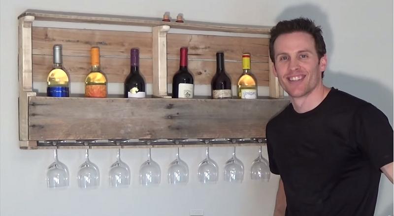 comment fabriquer un support mural a bouteilles de vin a partir d une palette de bois