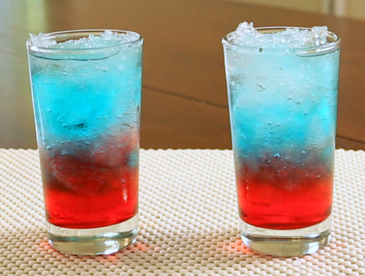 3 Ingredient Red White Blue Cocktails Are Too Easy Not To Make Recipe Bomb Pop Bomb Pop Drink Cocktail Drinks