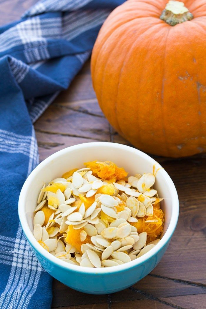 How to make perfectly crunchy roasted pumpkin seeds. An easy method for how to clean and make baked pumpkin seeds. Plus delicious ideas for seasoning your roasted pumpkin seeds, including sweet and salty and maple cinnamon! #roastedpumpkinseedsrecipe How to make perfectly crunchy roasted pumpkin seeds. An easy method for how to clean and make baked pumpkin seeds. Plus delicious ideas for seasoning your roasted pumpkin seeds, including sweet and salty and maple cinnamon! #pumpkinseedsrecipebaked