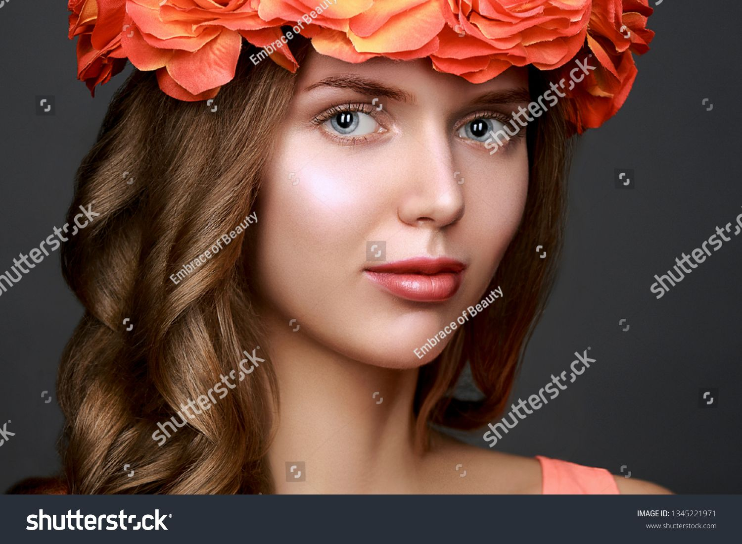 Beautiful model girl with a stylish hair and make-up in a bright rose flowercrown on a dark background #Sponsored , #Affiliate, #stylish#hair#girl#Beautiful