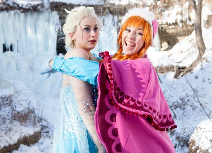 Frozen Cosplay Cosplayers: Lisa Rosenberg and Meagan Marie Photographers: Jane Ferguson and Carla Haglund