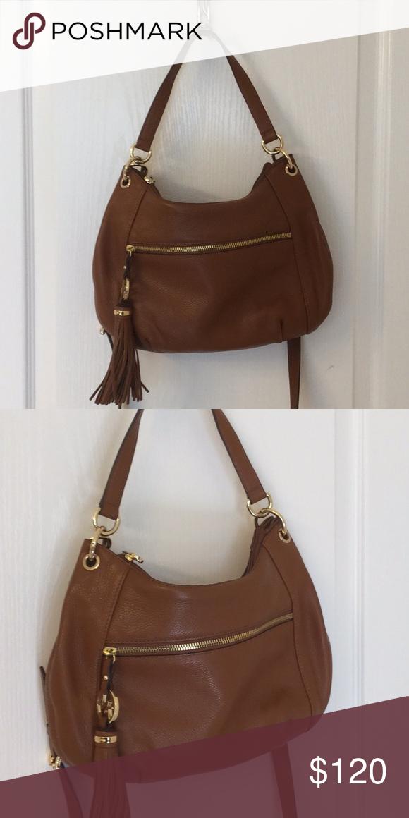 b2a74af93940 Michael Kors side bag Brown leather Michael Kors side bag with shoulder  strap. Michael Kors Bags Crossbody Bags