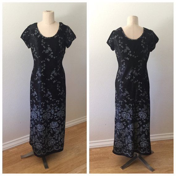 80f776be81a 90 s Vintage Crushed Black Velvet Maxi Dress with Floral Pattern - Size  Petite Small