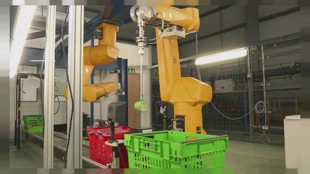 Kroger Kr And Ocado Plan Robotic Warehouse In Ohio Market Mad House Ocado Kroger Grocery