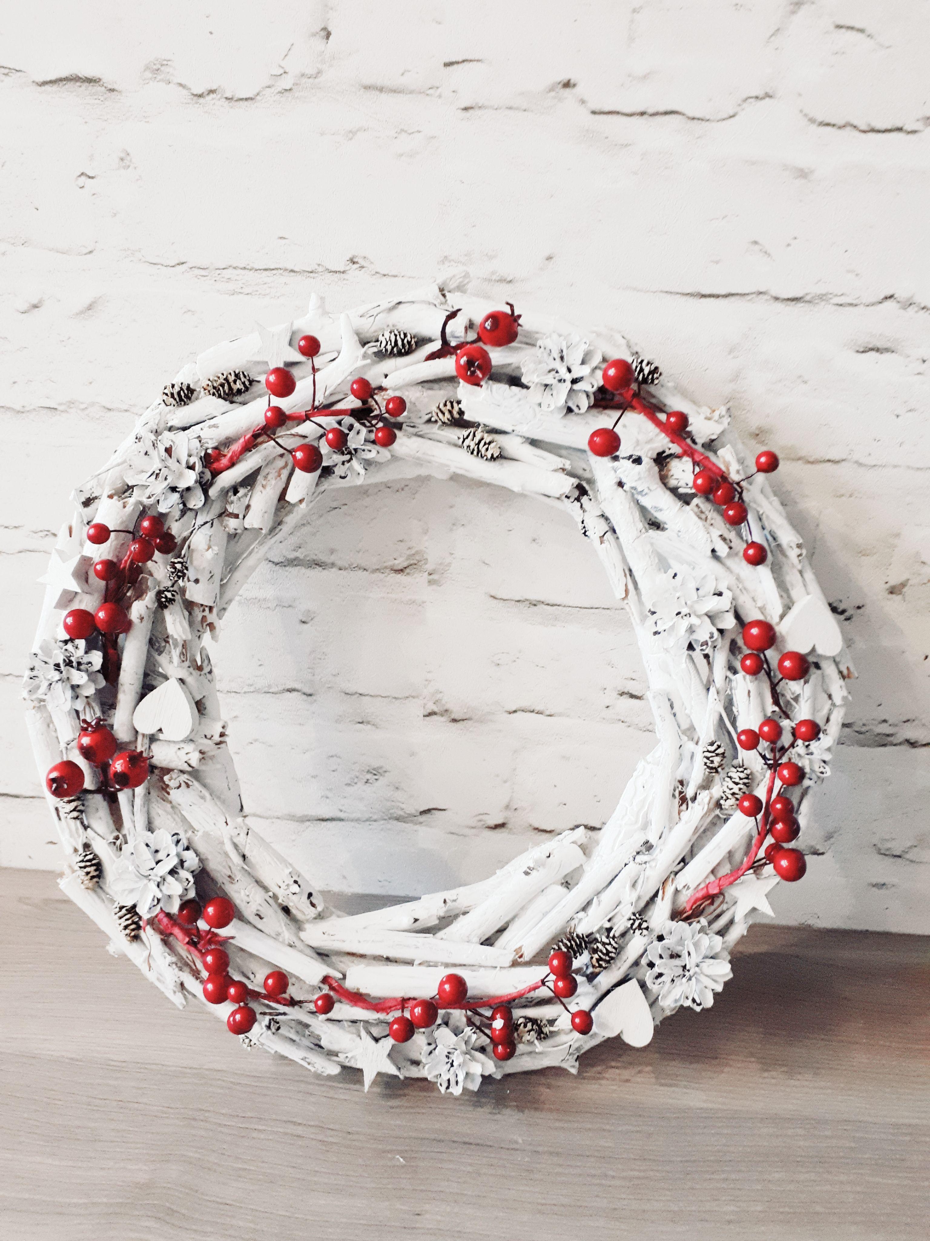 Венок из паРочек Christmas wreath