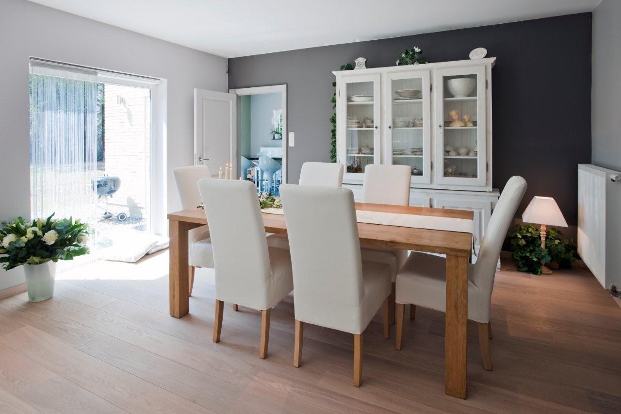Beautiful Salle A Manger Moderne Et Ancien Ideas Amazing House  # Associer Meuble Ancien Et Moderne Dans Le Salon