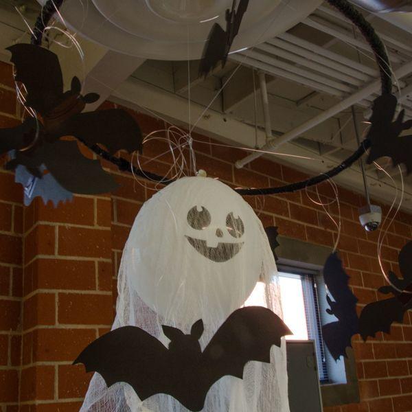 Desk Decorating Halloween Edition Paper bat, Easy halloween and Bats - halloween desk decorations