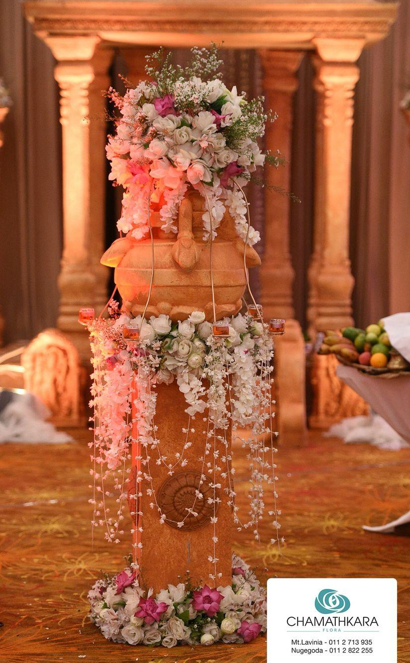 Pin By Vidurandi Madhushika On Oil Lamp Traditional Wedding Decor Oil Lamp Decor Oil Lamp Centerpiece