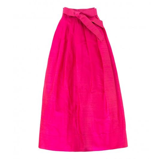 Ann Mashburn fushia silk skirt - What to wear in December to Christmas and Holiday Party + MORE! Find out on Styleblueprint.com