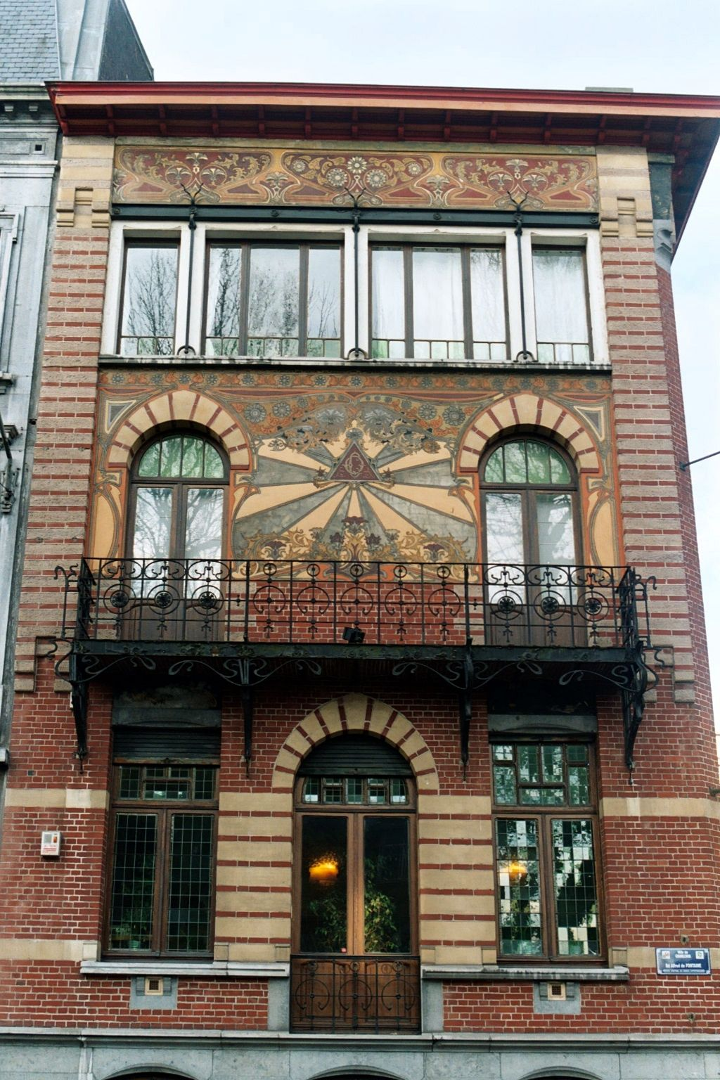 Belgique - Charleroi - Maison Dorée - Art Nouveau - architecte ...