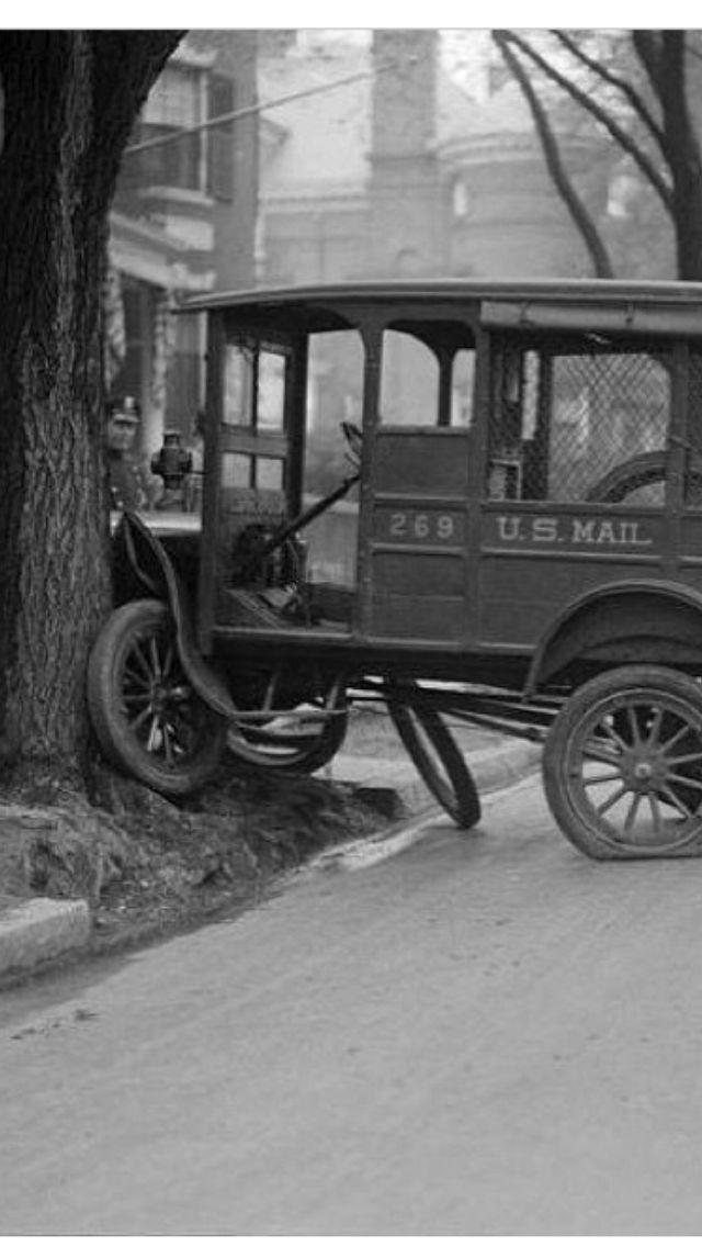 Vintage Photo : Mail Truck Crash | Vintage Photos and Almost Vintage ...