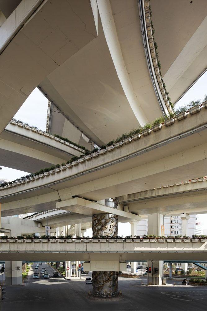 Urban curves byVincent Fillon