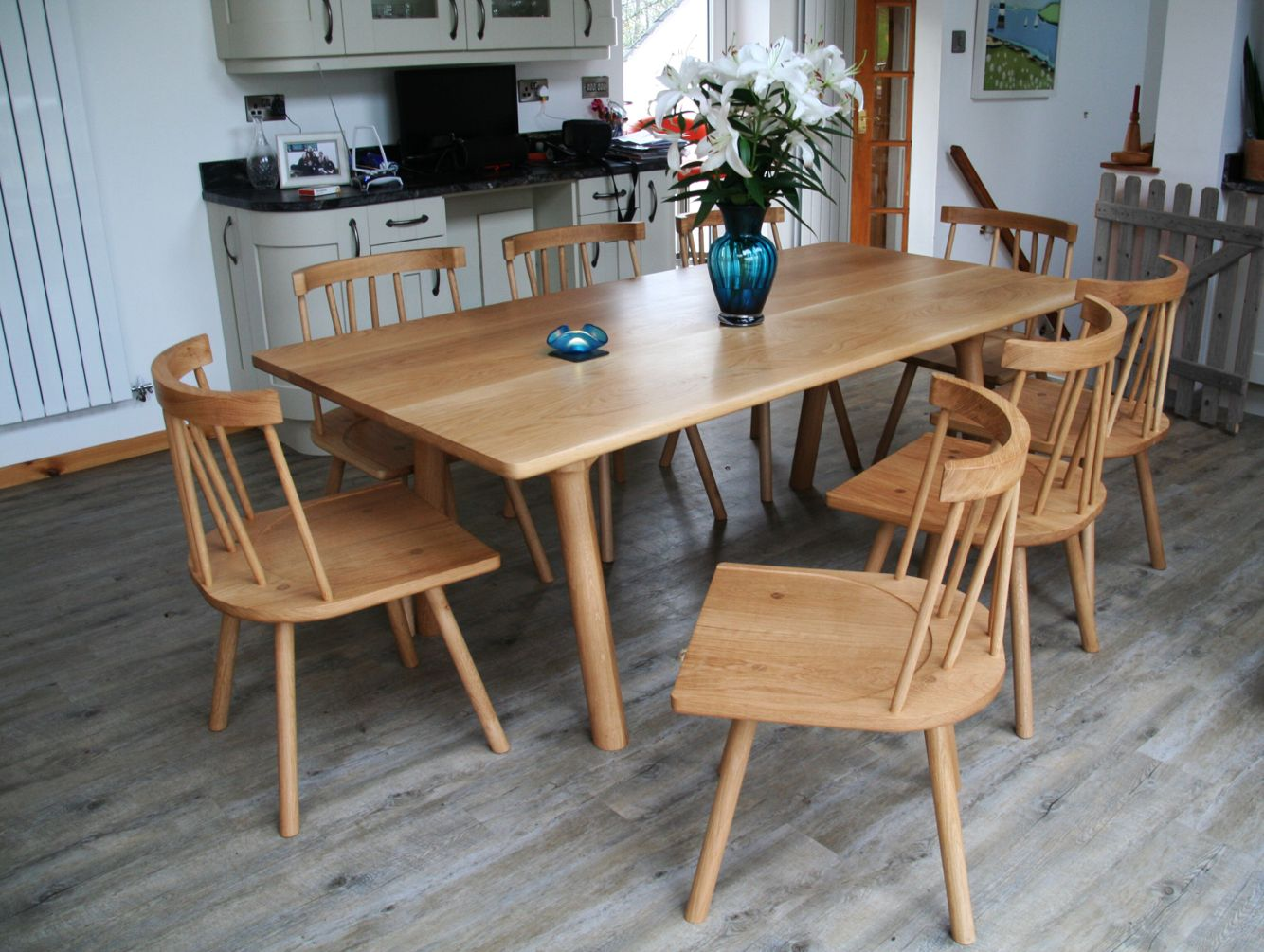 Oak Table And Chairs Hand Made Making Use Of Turned Components