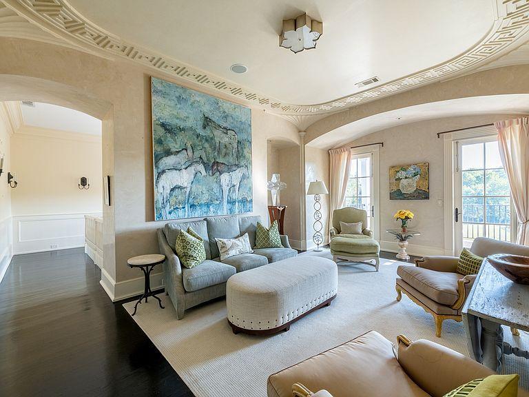 1040 W Conway Dr Nw Atlanta Ga 30327 Mls 6632831 Zillow Tuscan House Formal Living Rooms Bedroom Panel Bedroom suites in atlanta ga
