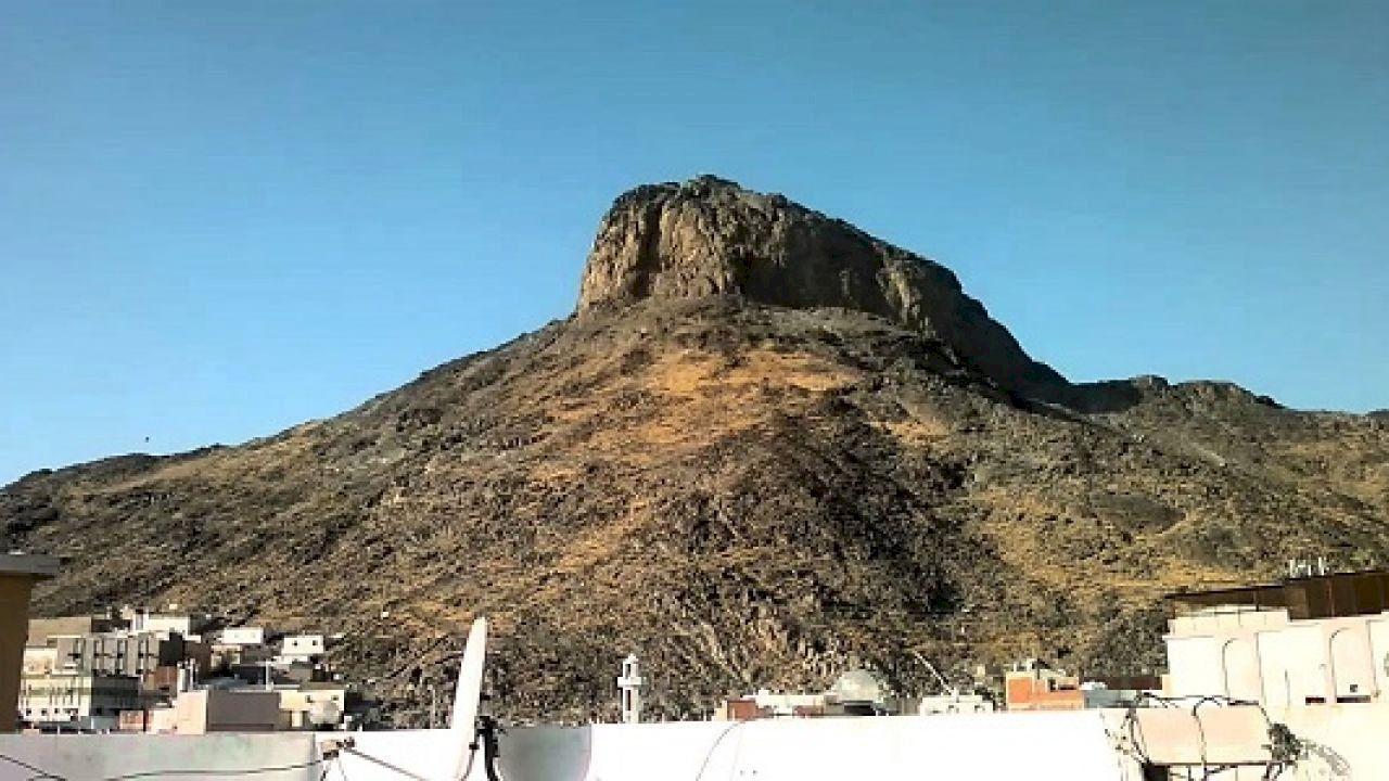 أين يقع جبل النور Natural Landmarks Mount Rushmore Landmarks