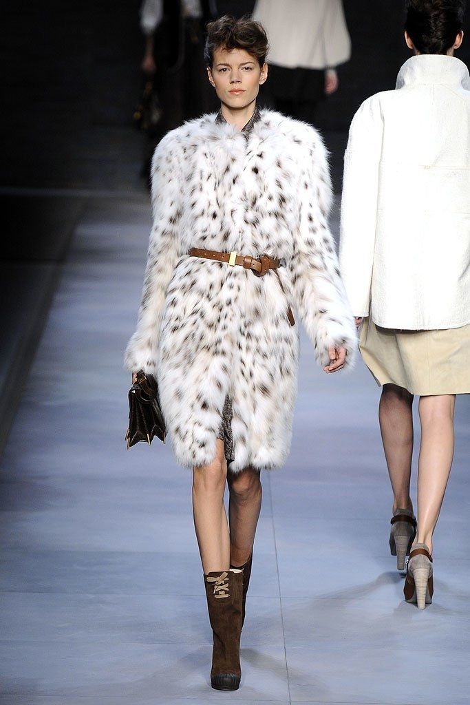 Fendi Fall 2010 Ready-to-Wear Collection Photos - Vogue