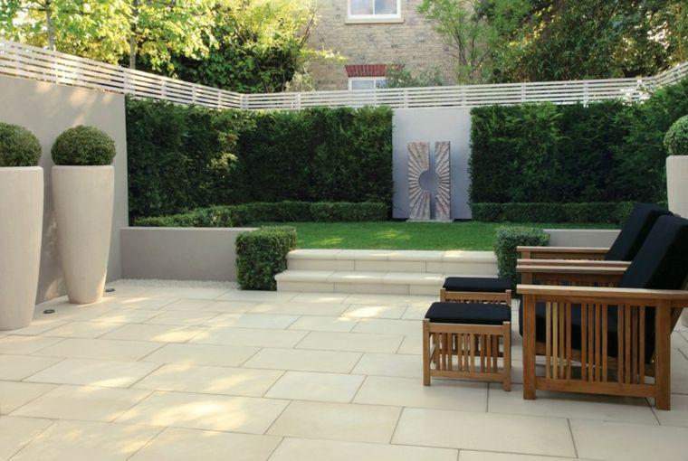 Azulejos baldosas y losas para el suelo de tu jardín Césped