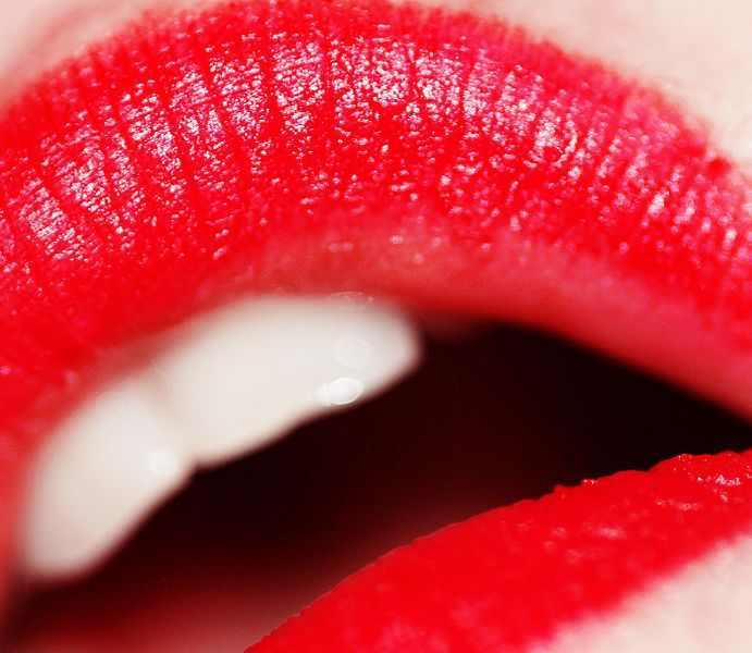 File Red Lipstick Photo By Weglet Jpg How To Make Lipstick