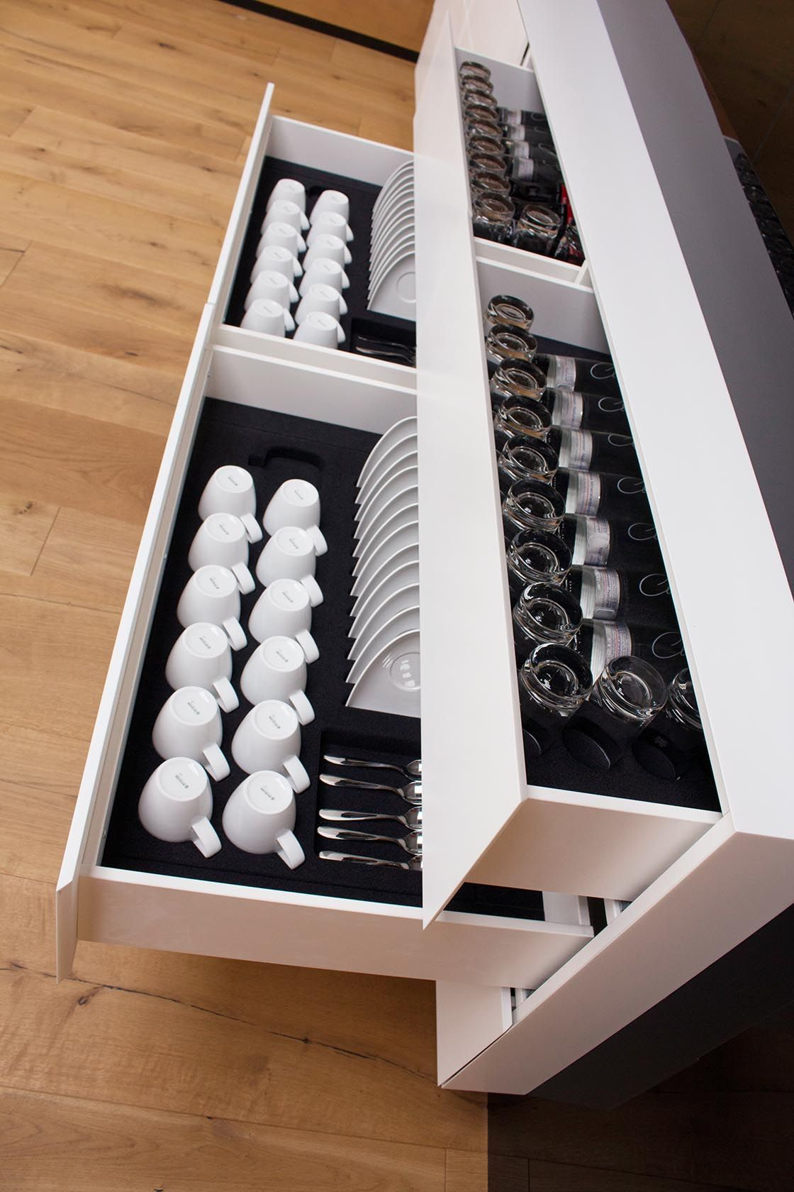 Küchenschubladen schöne lösung für küchenschubladen beflockte einteilungen