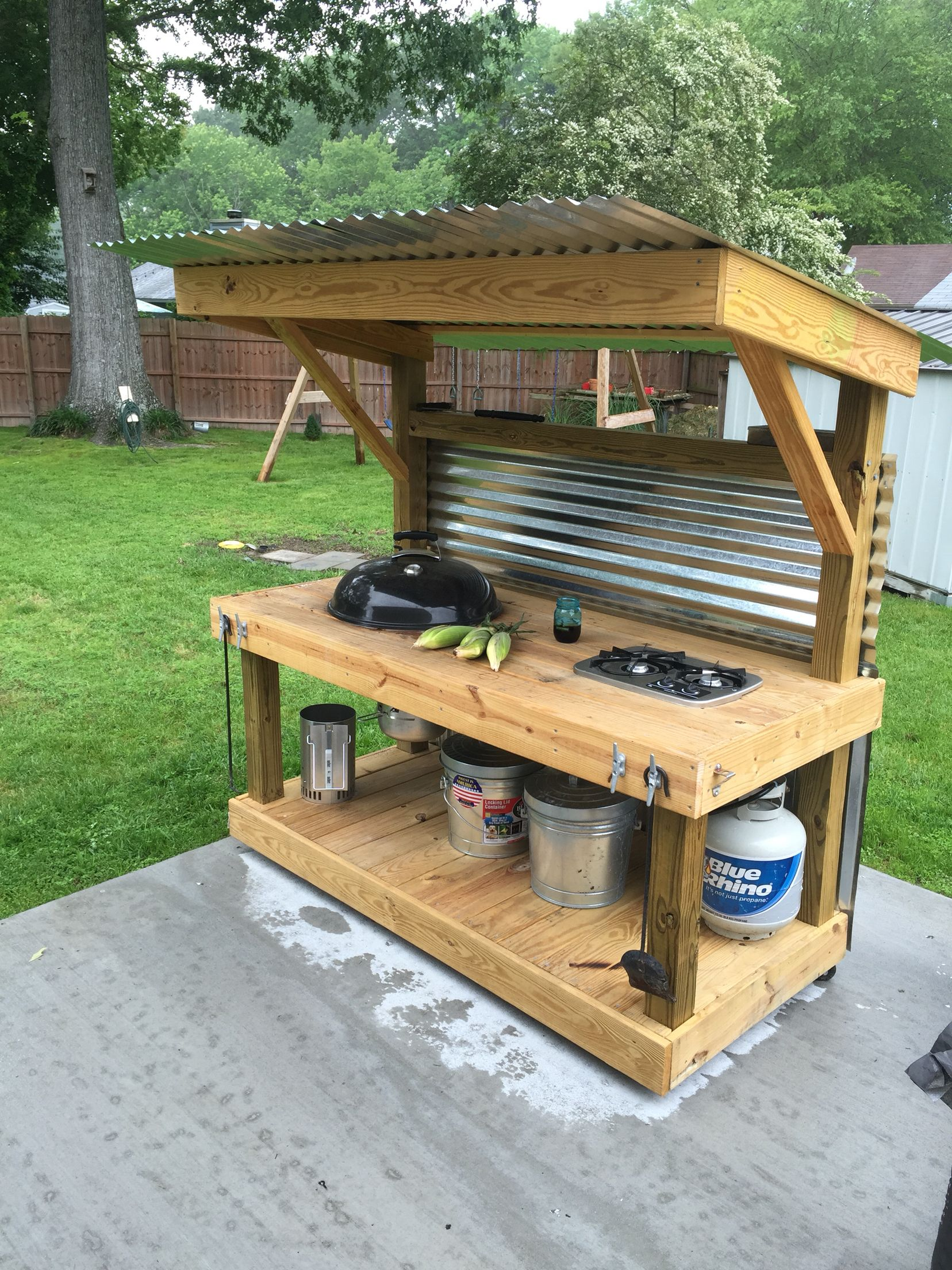 Weber kettle homemade cart table the bbq brethren forums for Outdoor barbecue grill designs